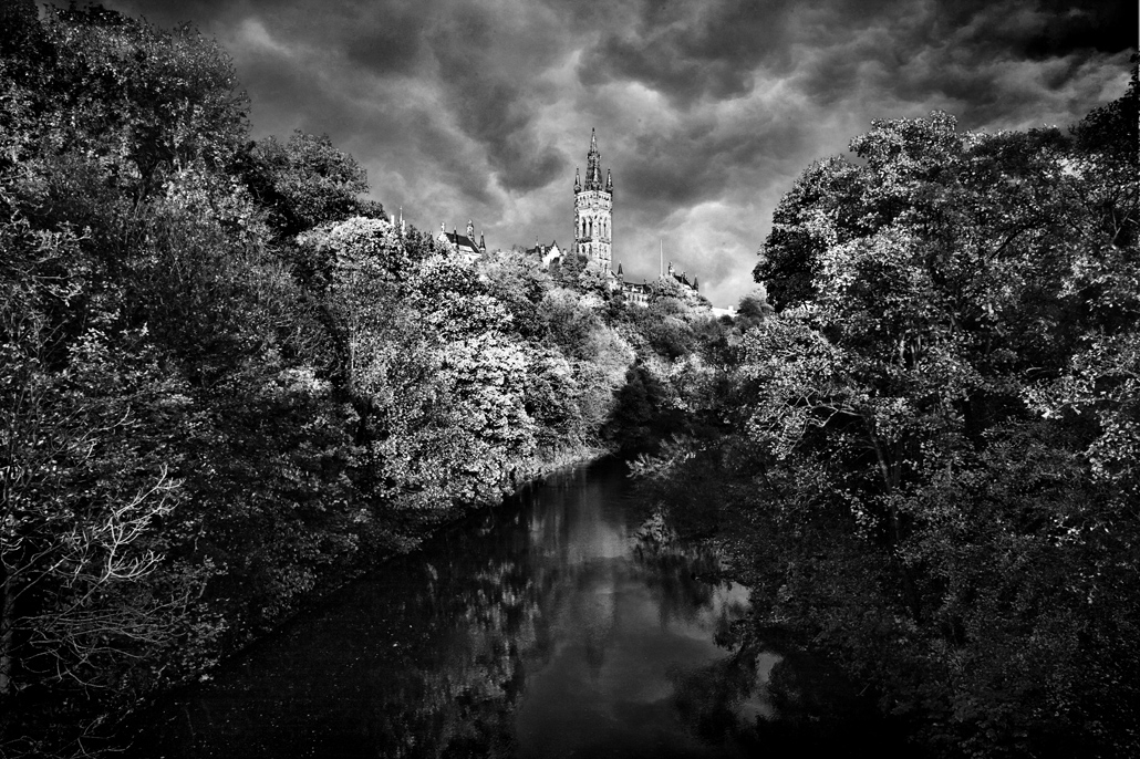 GlasgowCastlebw.jpg